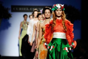 fashion-catwalk-by-paolo-lanzi